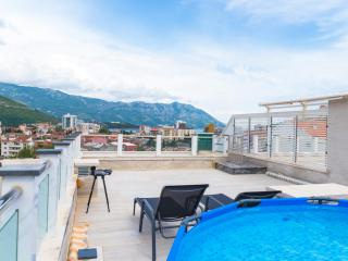 Апартамент в Будве за 180 €  в сутки