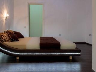 Дом/вилла в Тивате за 111 €  в сутки