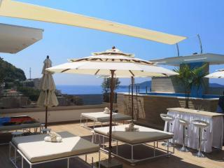 Апартамент в Рафаиловичи за 120 €  в сутки